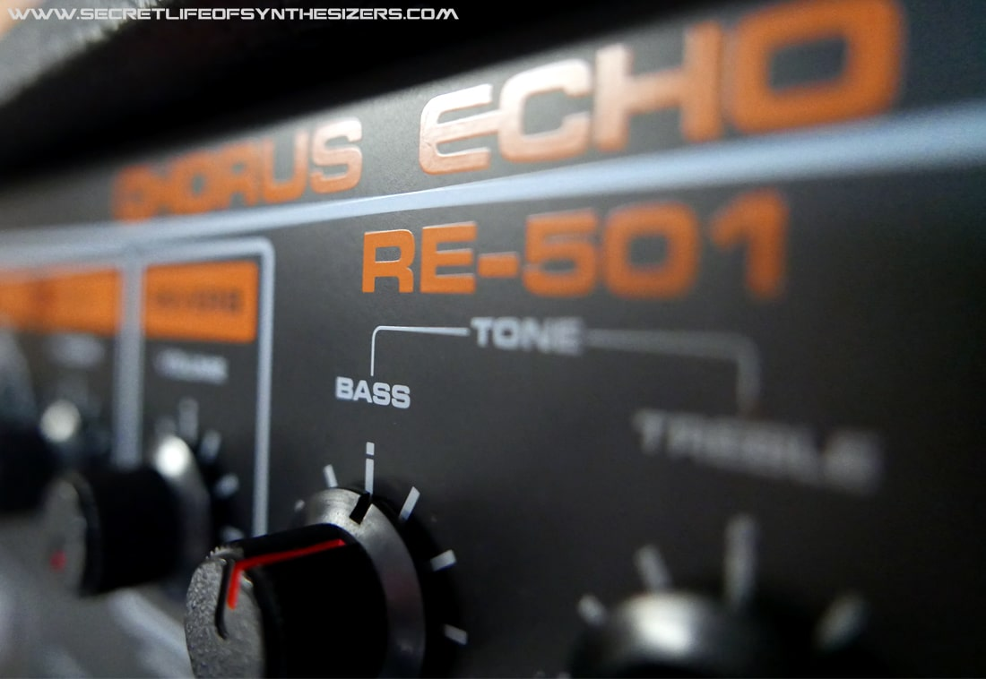 Roland RE-501 front panel