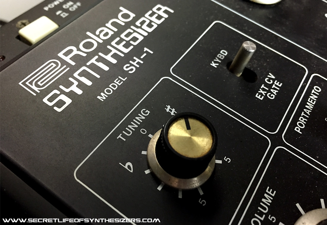 Roland SH-1 synth front panel