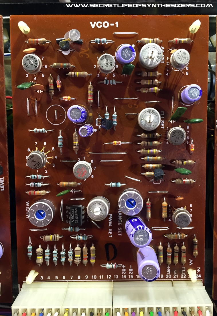 A Look At The Vcos Of Some Famous Analog Synthesizers Integrated Circuitvintage Vco Board Inside Roland Sh 5