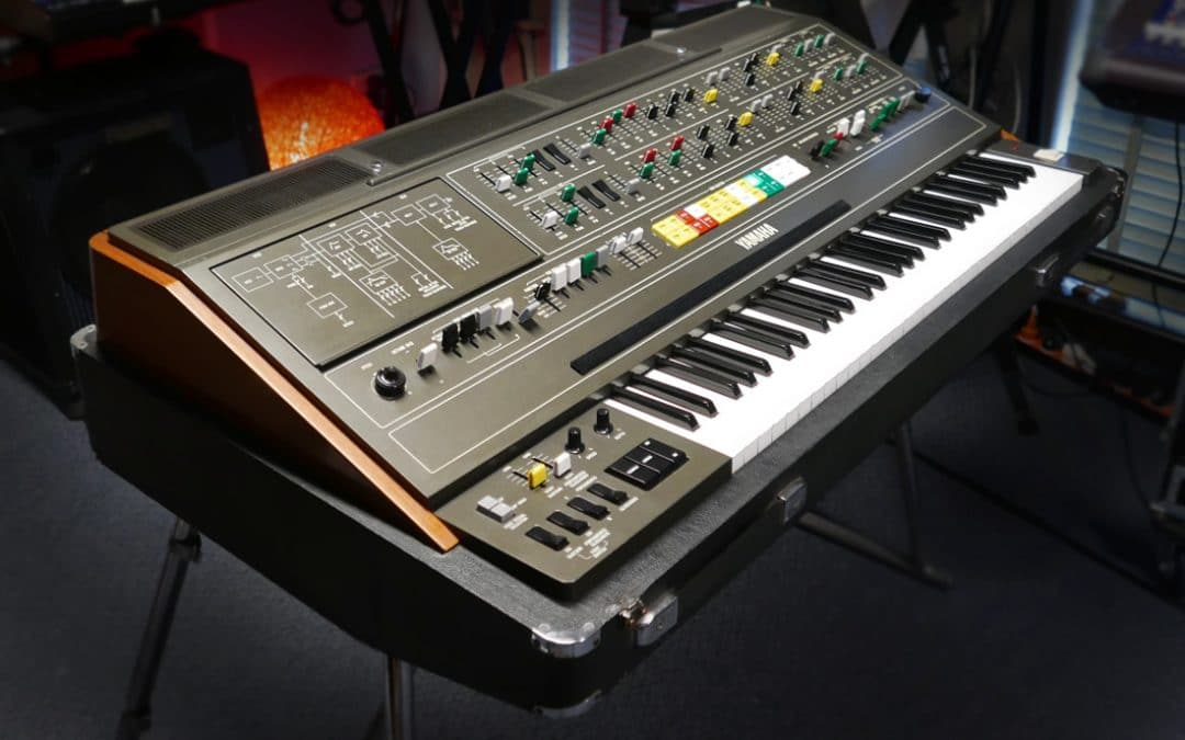 Yamaha CS-80 front view