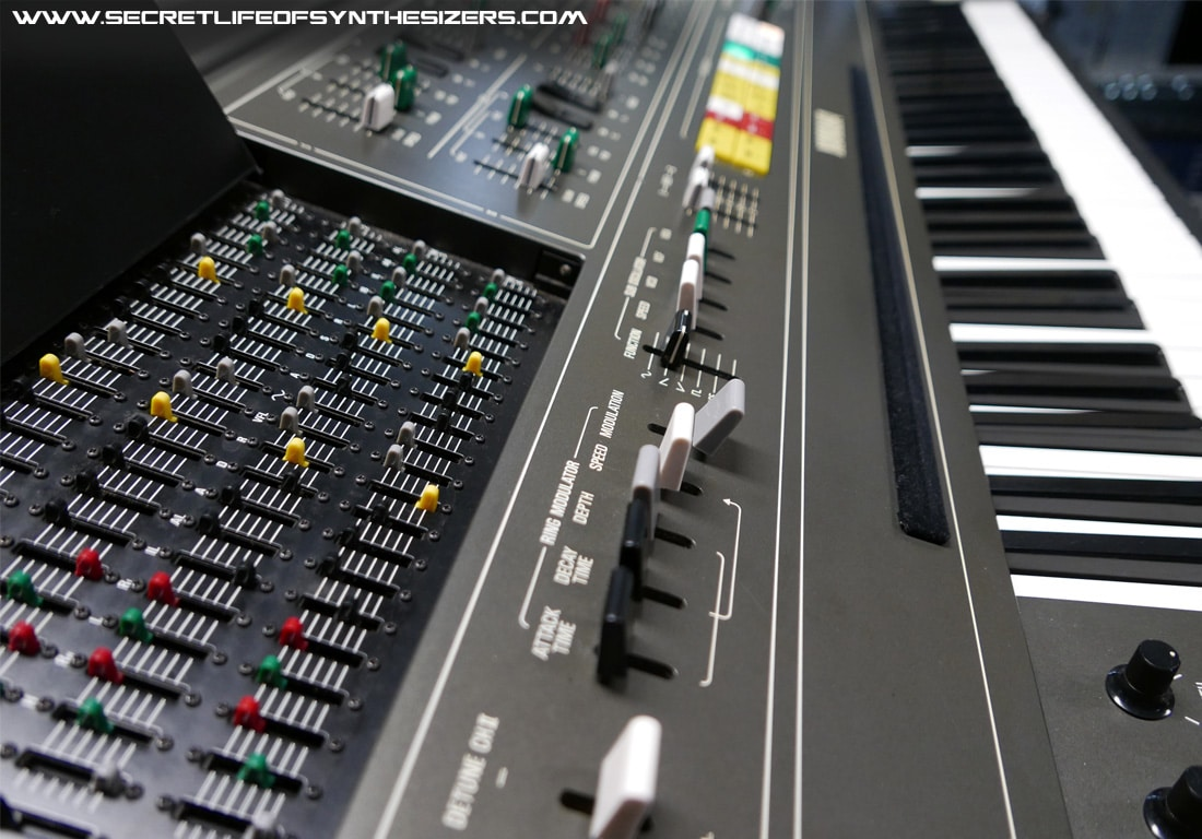 A visual tour inside the Yamaha CS-80 synthesizer.