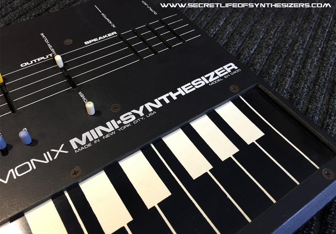 Electro Harmonix Mini-Synthesizer keyboard