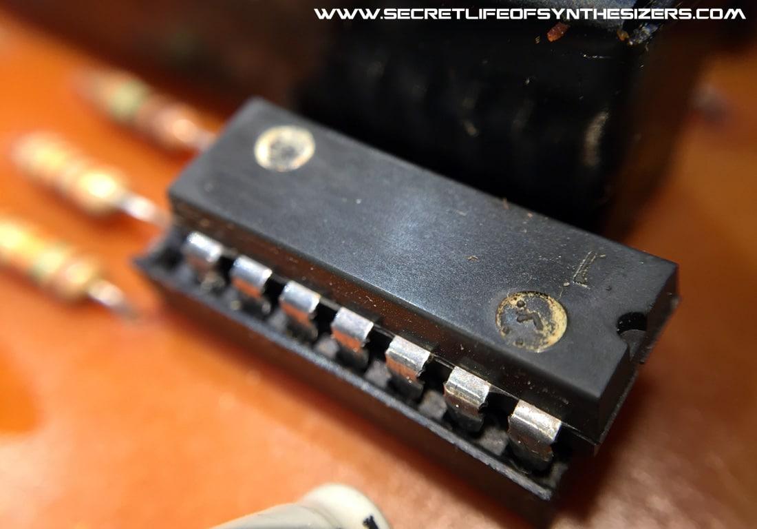 the Electro Harmonix Mini-Synth scrubbed IC