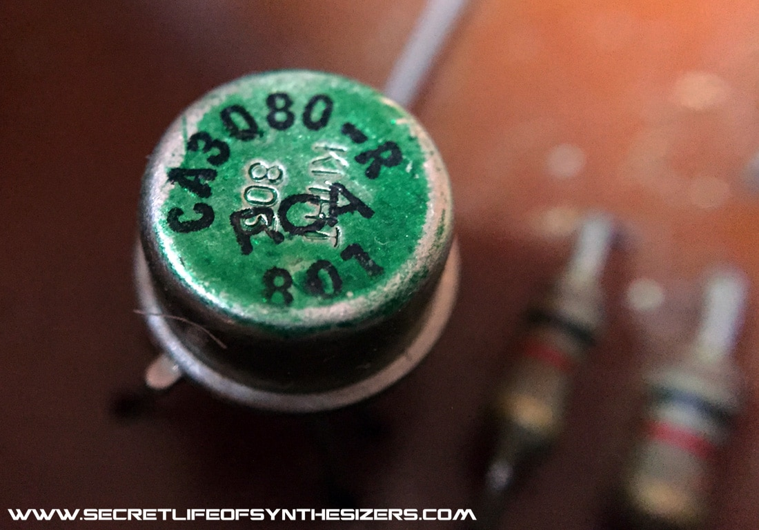 Roland SH-7 CA3080 IC