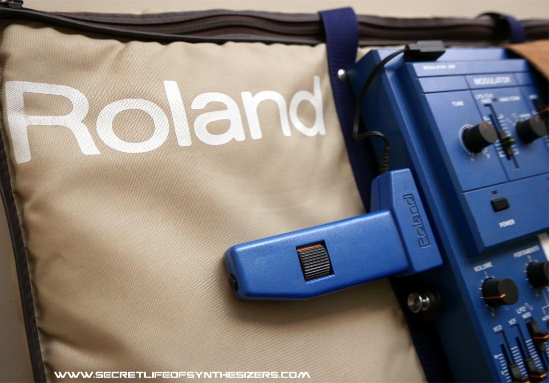 Roland SH-101 with mod grip